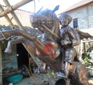 patung-diponegoro-tembaga-03