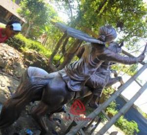 patung-diponegoro-tembaga-05